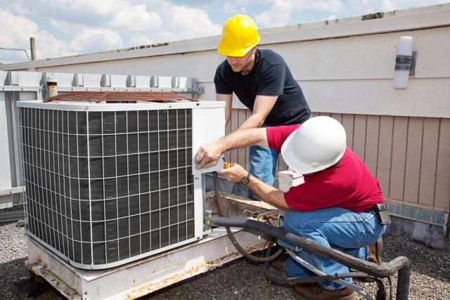 ¿Qué hacer si la unidad exterior del aire acondicionado suena más de lo normal?