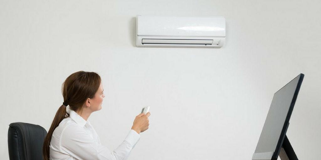 Cómo resolver conflictos por el aire acondicionado en la oficina